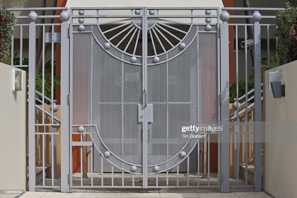 Modern architecture metal gates at miami 39 s art deco south for Art deco building materials