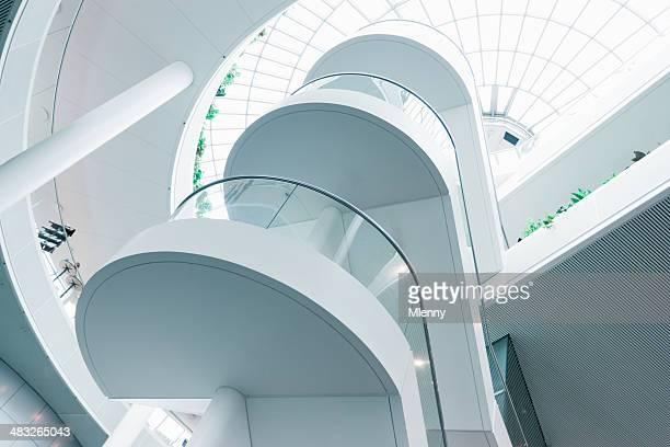 Architecture moderne avec escalier
