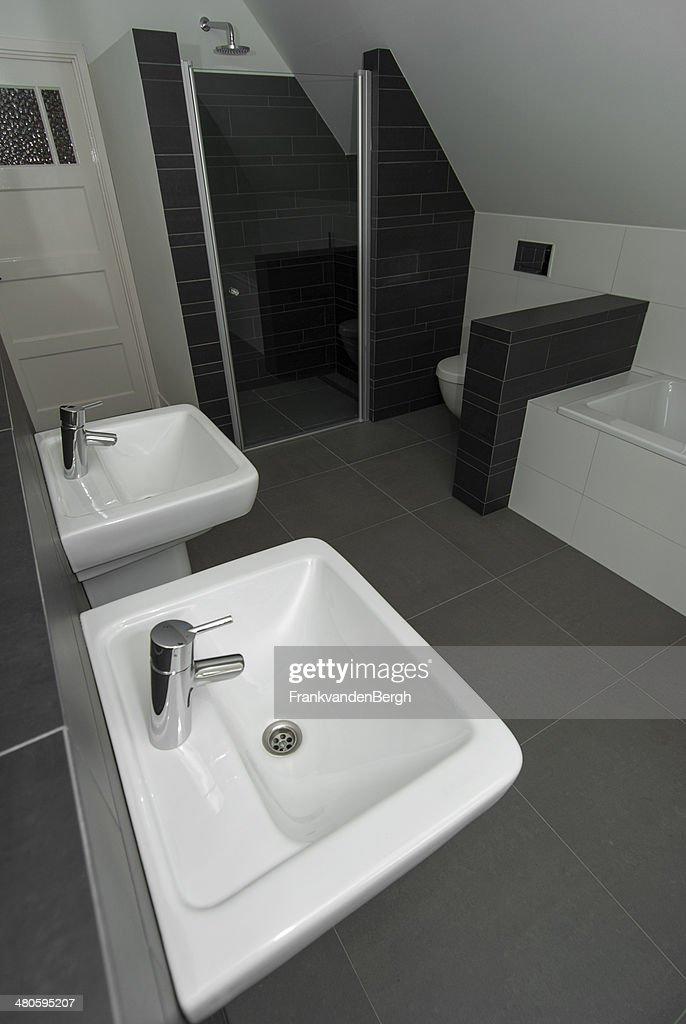 Modern Bathroom : Stock Photo