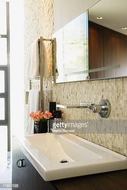 Moderner Waschtisch im Bad