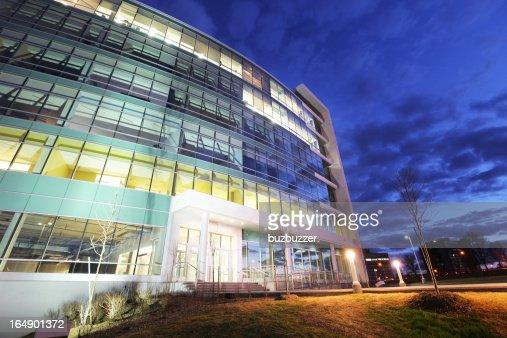 General motors corporate office headquarters hq autos post for General motors corporate office