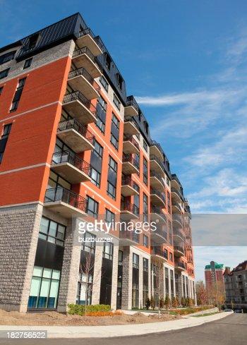 Appartement moderne de l'extérieur du bâtiment