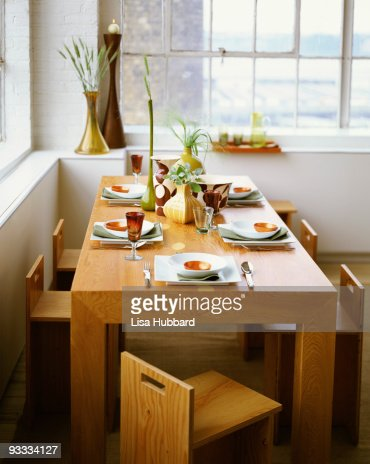 Modern dining room table : Stock-Foto