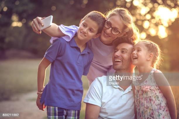 Modern family wants to take selfie