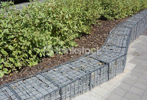 cl 244 ture de gabion moderne avec des pierres en fil mesh grillage gabion escrime avec des buissons