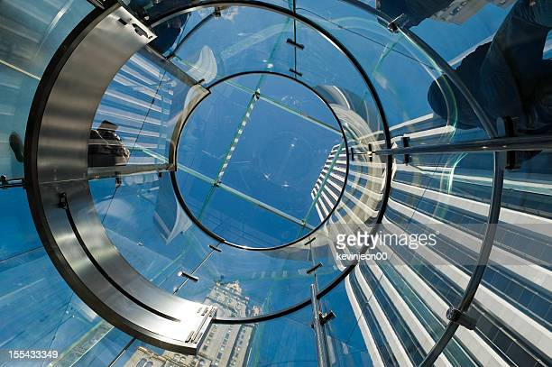 Moderne Glas-Treppe in New York