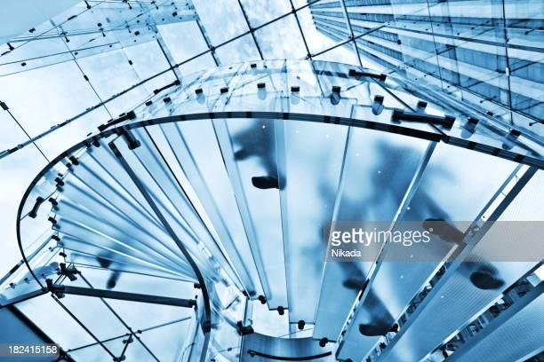 Moderne Glas-Treppe