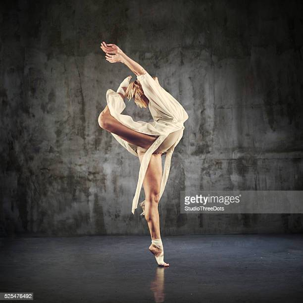 Modern Jazz dancer practicing