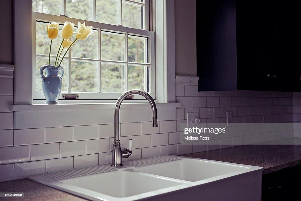 Modern kitchen sink