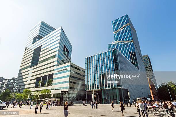 近代的なオフィスビル、アムステルダムます。