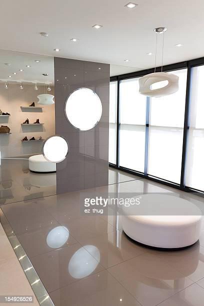 Moderno Salão de Exposições