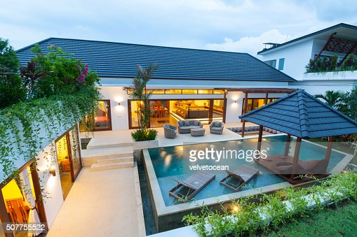 Modern tropical villa : Stock Photo