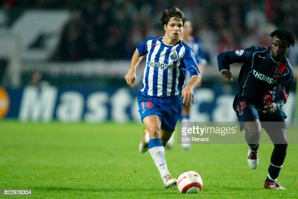 DIEGO / Modeste M'BAMI Paris Saint Germain / Porto Champions League 2004/2005