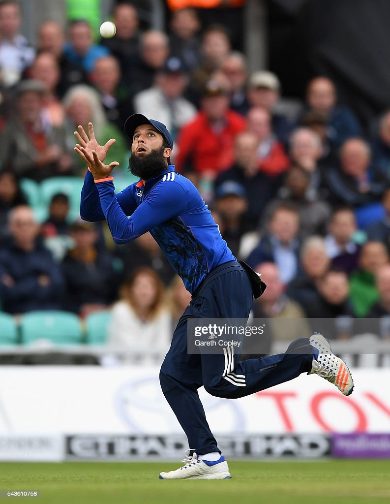 Moeen Ali of England catches out Danushka Gunathilaka of Sri Lanka during the 4th ODI Royal London One Day International match between England and Sri Lanka at The Kia Oval on June 29, 2016 in London, England.