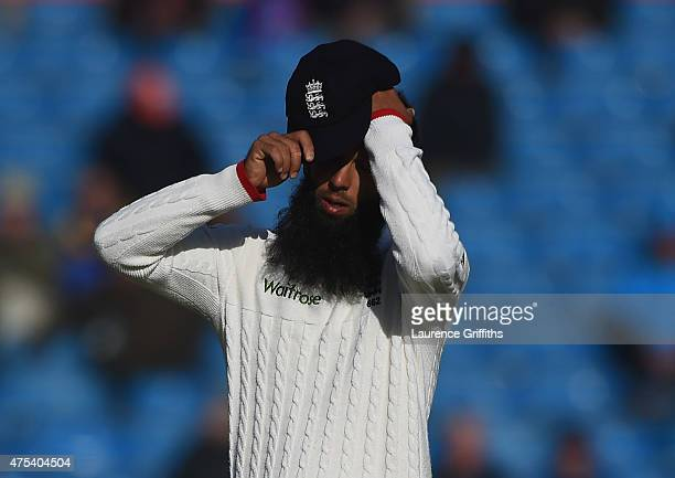Moeen Ali of England shows his frustration during day three of the 2nd Investec Test Match between England and New Zealand at Headingley on May 31...