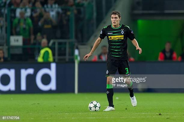 Moenchengladbach Germany UEFA Champions League 2016/17 Season Group C Matchday 2 Borussia Moenchengladbach FC Barcelona 12 Andreas Christensen