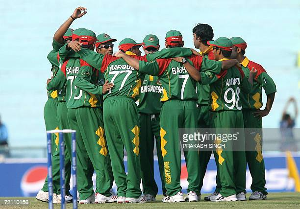 Members of the Bangladesh cricket team celebrate the Leg Before Wicket decision for the wicket of Sri Lankan cricketer Sanath Jayasuriya during the...