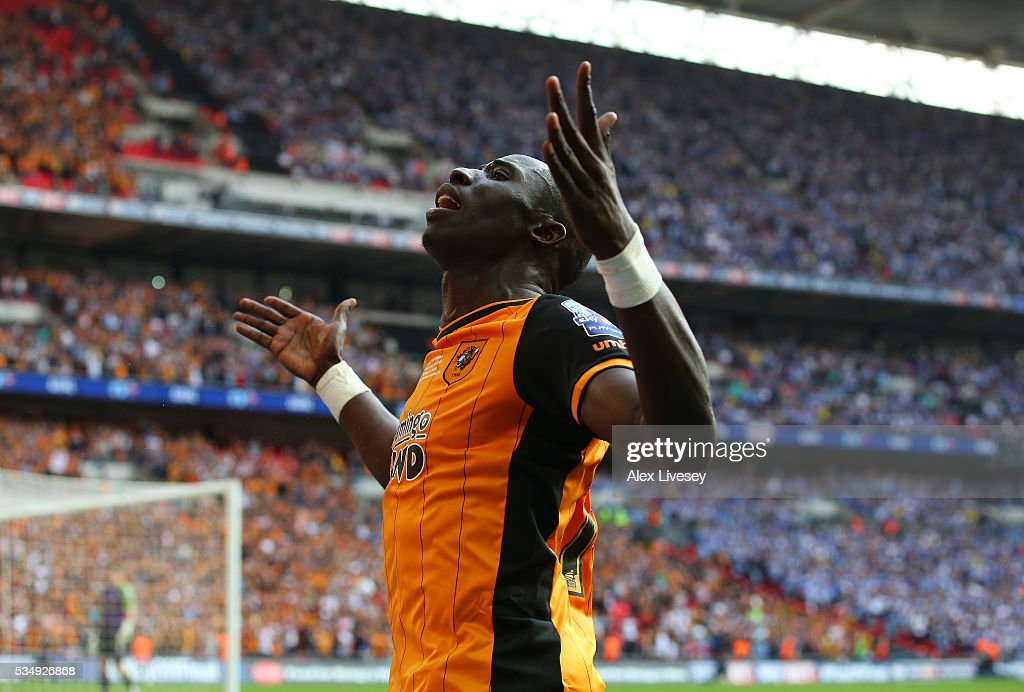 Mohamed Diame of Hull City celebrates scoring the first goal during Sky Bet Championship Play Off Final match between Hull City and Sheffield Wednesday at Wembley Stadium on May 28, 2016 in London, England.