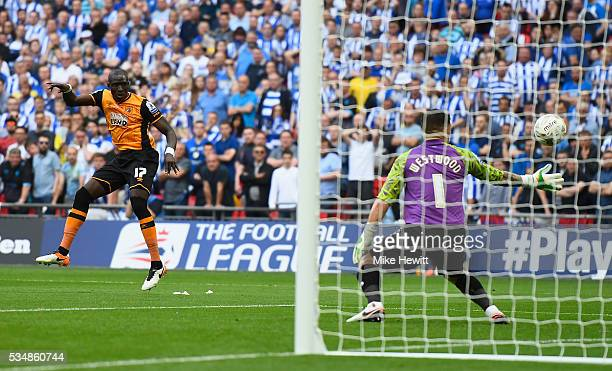 Mohamed Diame of Hull City hits a post during Sky Bet Championship Play Off Final match between Hull City and Sheffield Wednesday at Wembley Stadium...
