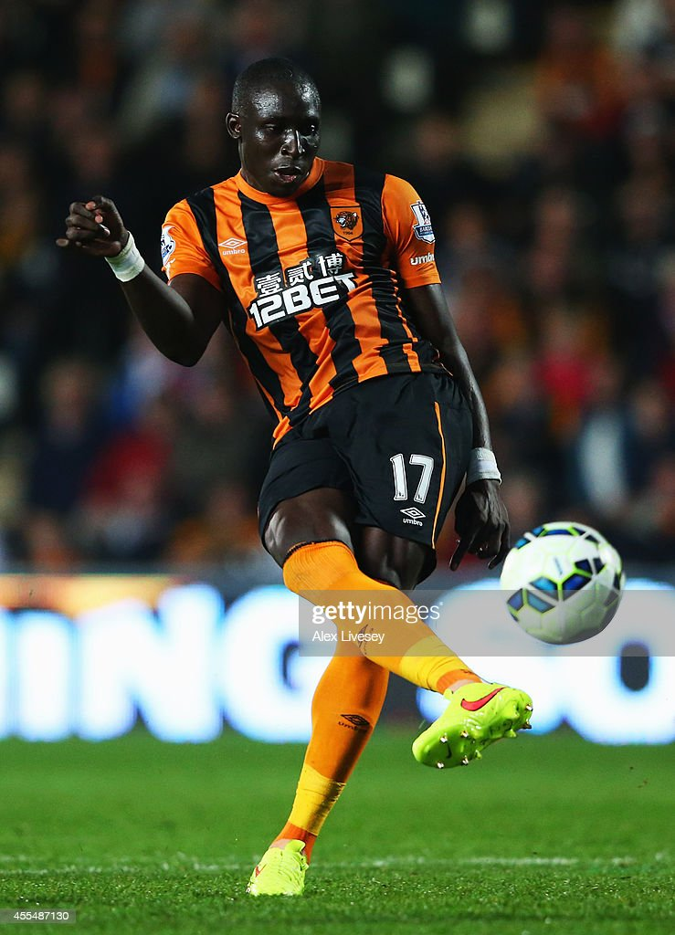 Mohamed Diame of Hull City scores their second goal during Barclays Premier League match between Hull City and West Ham United at KC Stadium on September 15, 2014 in Hull, England.