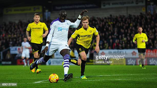 Mohamed Diame of Newcastle United scores Newcastle's second goal during the Sky Bet Championship match between Burton Albion and Newcastle United at...