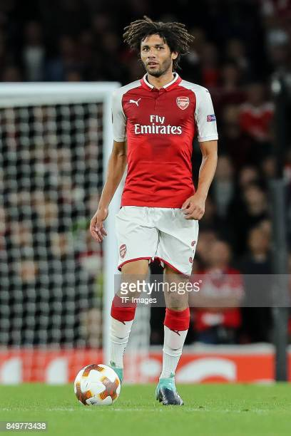 Mohamed Elneny of Arsenal controls the ball during the UEFA Europa League group H match between Arsenal FC and 1 FC Koeln at Emirates Stadium on...