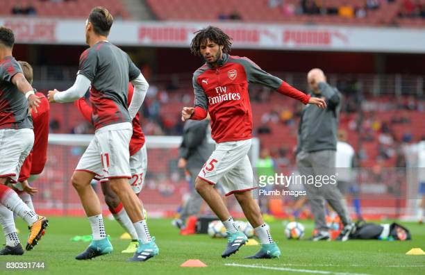 Mohamed Elneny of Arsenal warms up at Emirates Stadium ahead of the Premier League match between Arsenal and Leicester City at Emirates Stadium on...