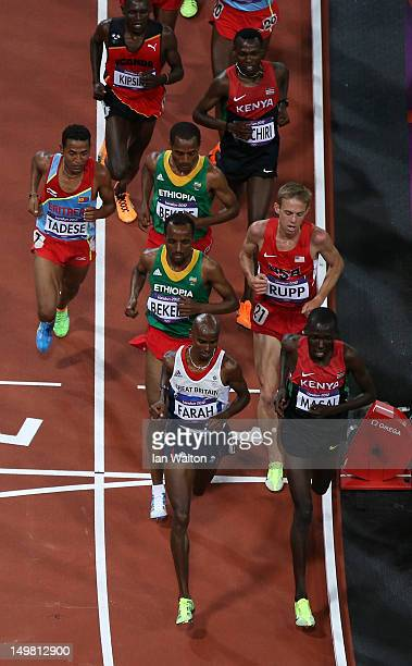 Mohamed Farah of Great Britain competes inthe Men's 10000m Final on Day 8 of the London 2012 Olympic Games at Olympic Stadium on August 4 2012 in...