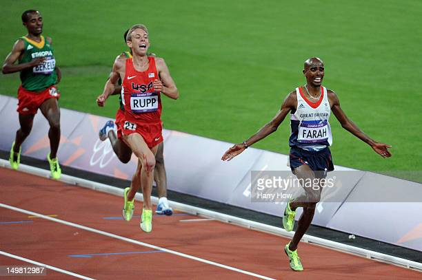 Mohamed Farah of Great Britain crosses the line to win gold in the Men's 10000m Final on Day 8 of the London 2012 Olympic Games at Olympic Stadium on...