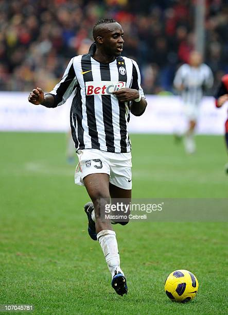 Mohamed Lamine Sissoko of Juventus FC in action during the Serie A match between Genoa CFC and Juventus FC at Stadio Luigi Ferraris on November 21...
