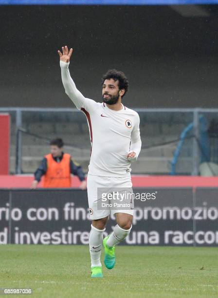 Mohamed Salah of AS Roma celebrates after scoring his team's second goal during the Serie A match between AC ChievoVerona and AS Roma at Stadio...