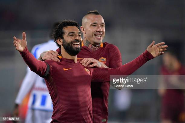 Mohamed Salah of AS Roma celebrates with Radja Nainggolan after scoring a goal during the Serie A match between Pescara Calcio and AS Roma at...
