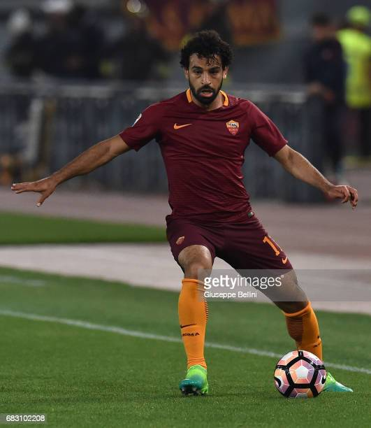 Mohamed Salah of AS Roma in action during the Serie A match between AS Roma and Juventus FC at Stadio Olimpico on May 14 2017 in Rome Italy