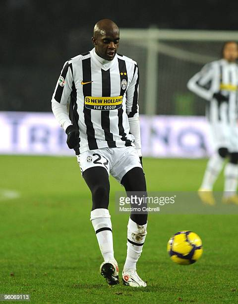 Mohamed Sissoko of Juventus FC in action during the Serie A match between Juventus FC and AS Roma at Olimpico Stadium on January 23 2010 in Turin...