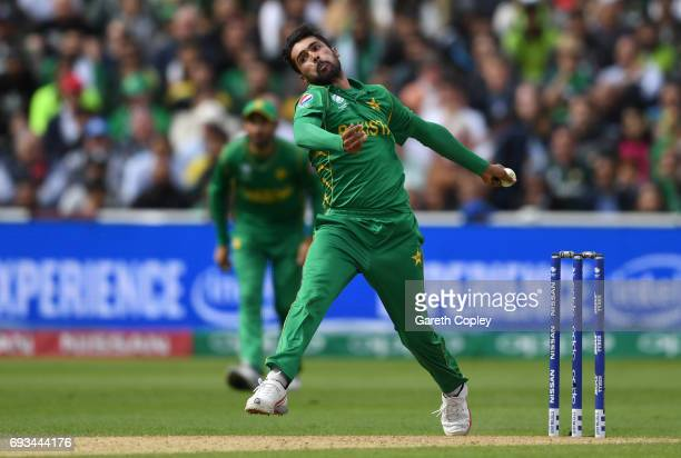 Mohammad Amir of Pakistan bowls during the ICC Champions Trophy match between Pakistan and South Africa at Edgbaston on June 7 2017 in Birmingham...