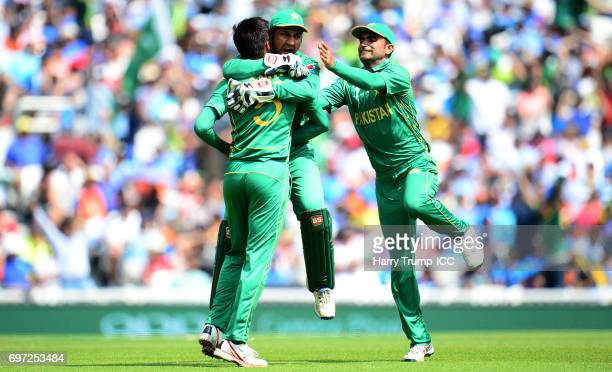 Mohammad Amir of Pakistan celebrates the wicket of Virat Kohli of India during the ICC Champions Trophy Final match between India and Pakistan at The...