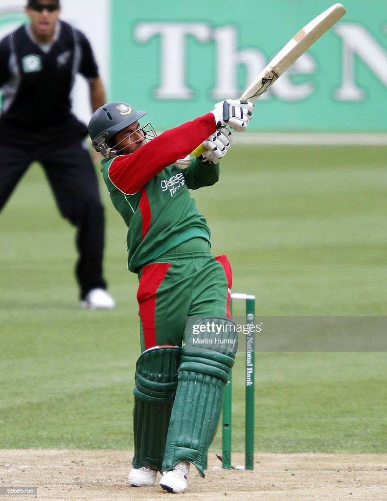 Mohammad Ashraful of Bangladdesh bats during the third One Day International match between the New Zealand Blacks Caps and Bangladesh at AMI Stadium...