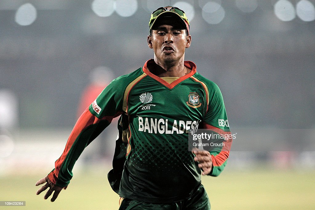 Mohammad Ashraful of Bangladesh chases down a ball during the 2011 ICC World Cup Group B match between Bangladesh and Ireland at ShereeBangla...