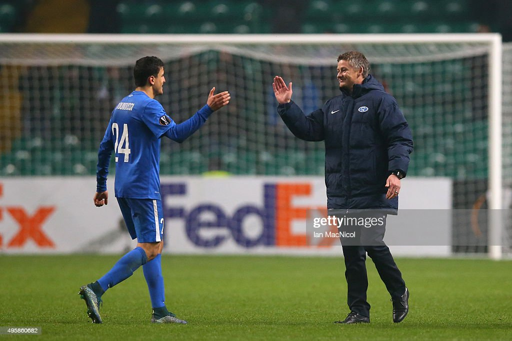 Mohammed Elyounoussi of Molde and Ole Gunnar Solskjaer the head coach of Molde celebrates following their team's 21 victory during the UEFA Europa...