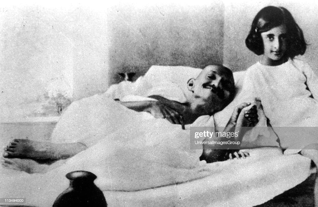 Mohatma Gandhi and Indira Gandhi in 1924