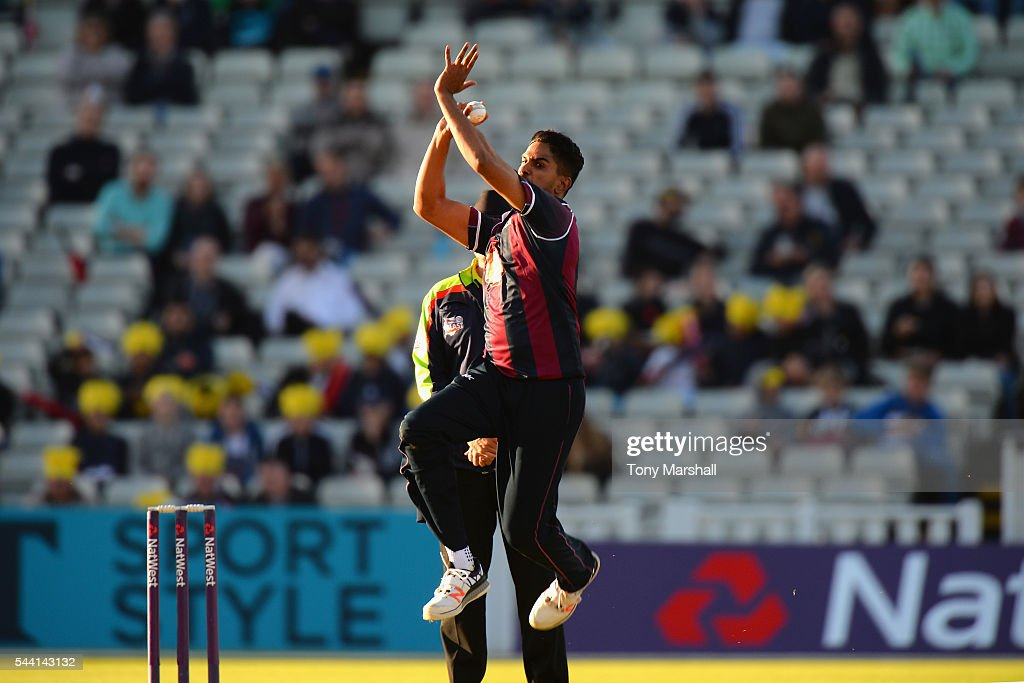 Moin Ashraf of Northants Steelbacks bowls during the NatWest T20 Blast between Birmingham Bears and Northants Steelbacks at Edgbaston on July 1, 2016 in Birmingham, England.