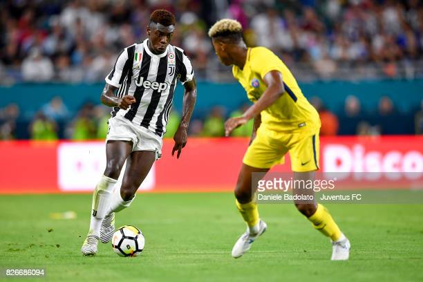 Moise Bioty Kean of Juventus in action during the International Champions Cup 2017 match between Paris Saint Germain and Juventus at Hard Rock...