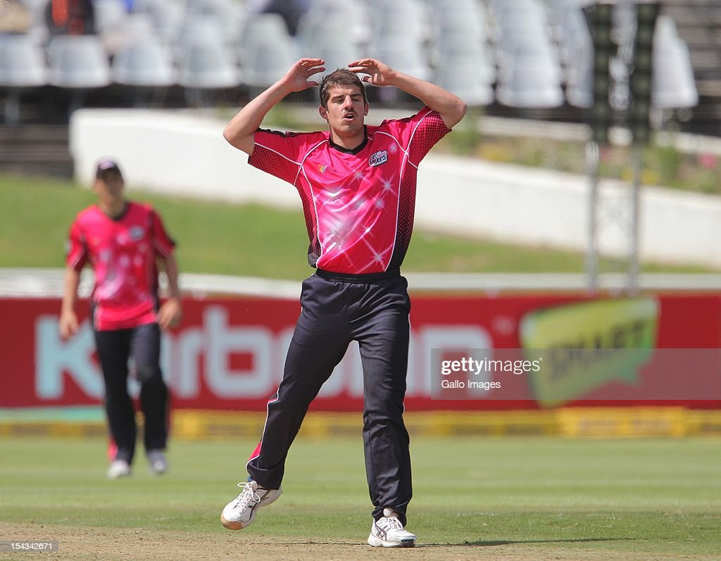 <a gi-track='captionPersonalityLinkClicked' href=/galleries/search?phrase=Moises+Henriques&family=editorial&specificpeople=875812 ng-click='$event.stopPropagation()'>Moises Henriques</a> of the Sydney Sixers during the Karbonn Smart CLT20 match between bizbub Highveld Lions (South Africa) and Sydney Sixers (Australia) at Sahara Park Newlands on October 18, 2012 in Cape Town, South Africa.