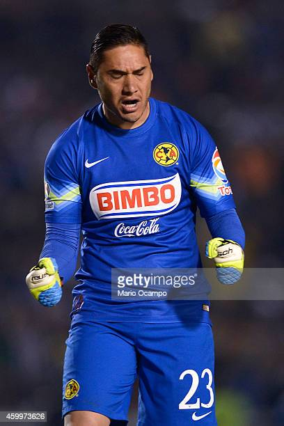 Moises Munoz goalkeeper of America celebrates the first goal of his team during a semifinal first leg match between Monterrey and America as part of...