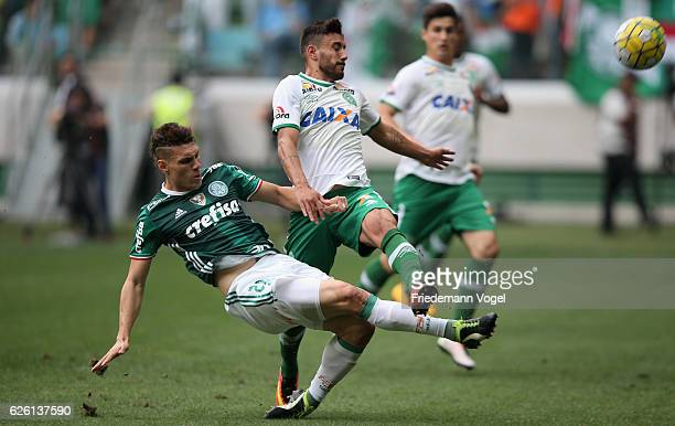 Moises of Palmeiras fights for the ball with Alan Ruschel of Chapecoense during the match between Palmeiras and Chapecoense for the Brazilian Series...