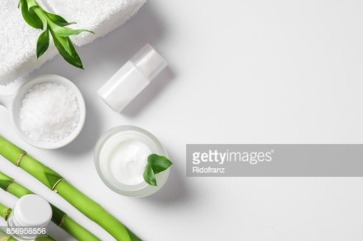 Moisturizer with bamboo sticks : Foto stock