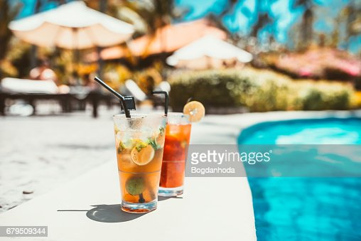 mojito cocktail drink, selective focus and details. alcoholic drink refreshment at pool : Stock Photo