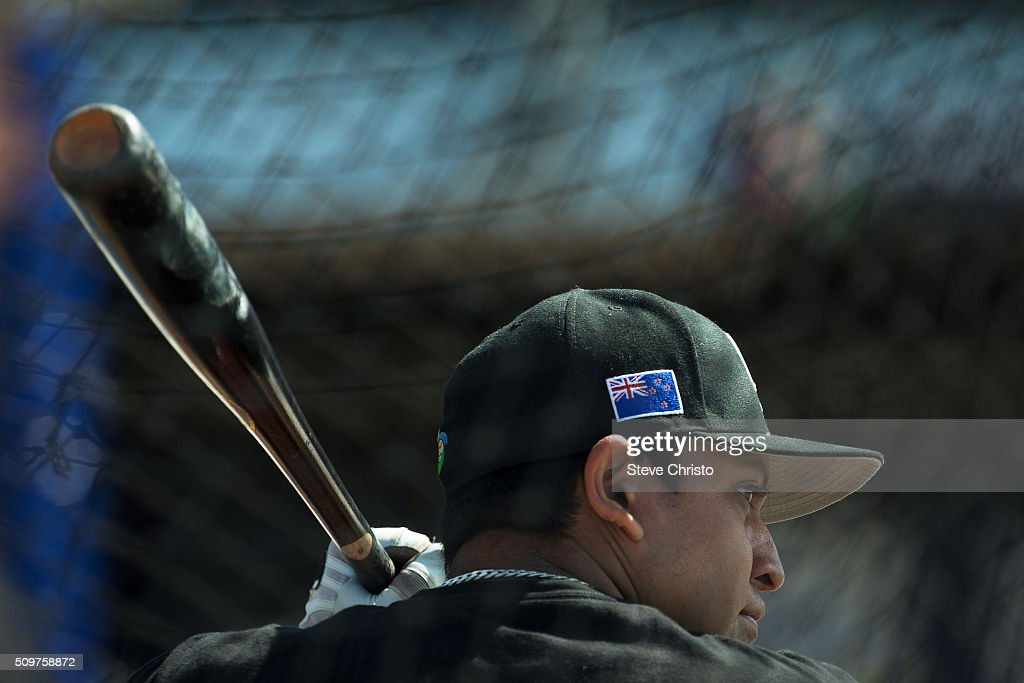 Moko Moanaroa #25 of Team New Zealand takes batting practice before Game 3 of the World Baseball Classic Qualifier against Team Philippines at Blacktown International Sportspark on Friday, February 12, 2016 in Sydney, Australia.