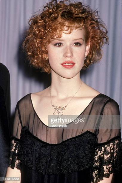 Molly Ringwald at the 58th Annual Academy Awards Dorothy Chandler Pavilion Los Angeles