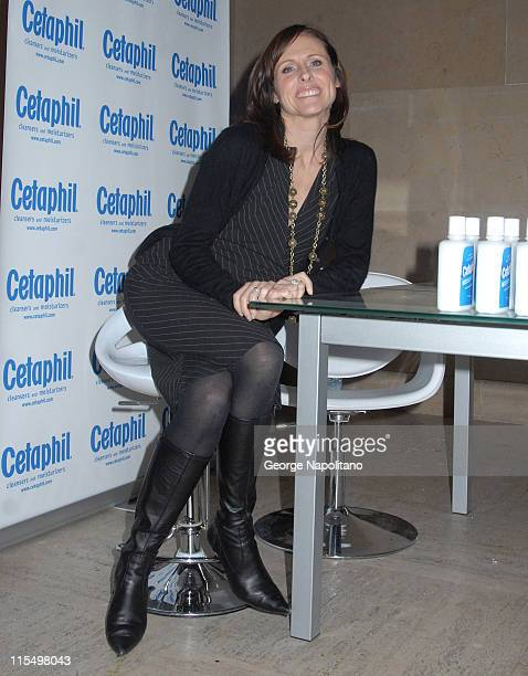 Molly Shannon during Molly Shannon Hosts Cetaphil Suite Cocktail Party March 7 2007 at Daryl Roth Theater in New York City New York United States